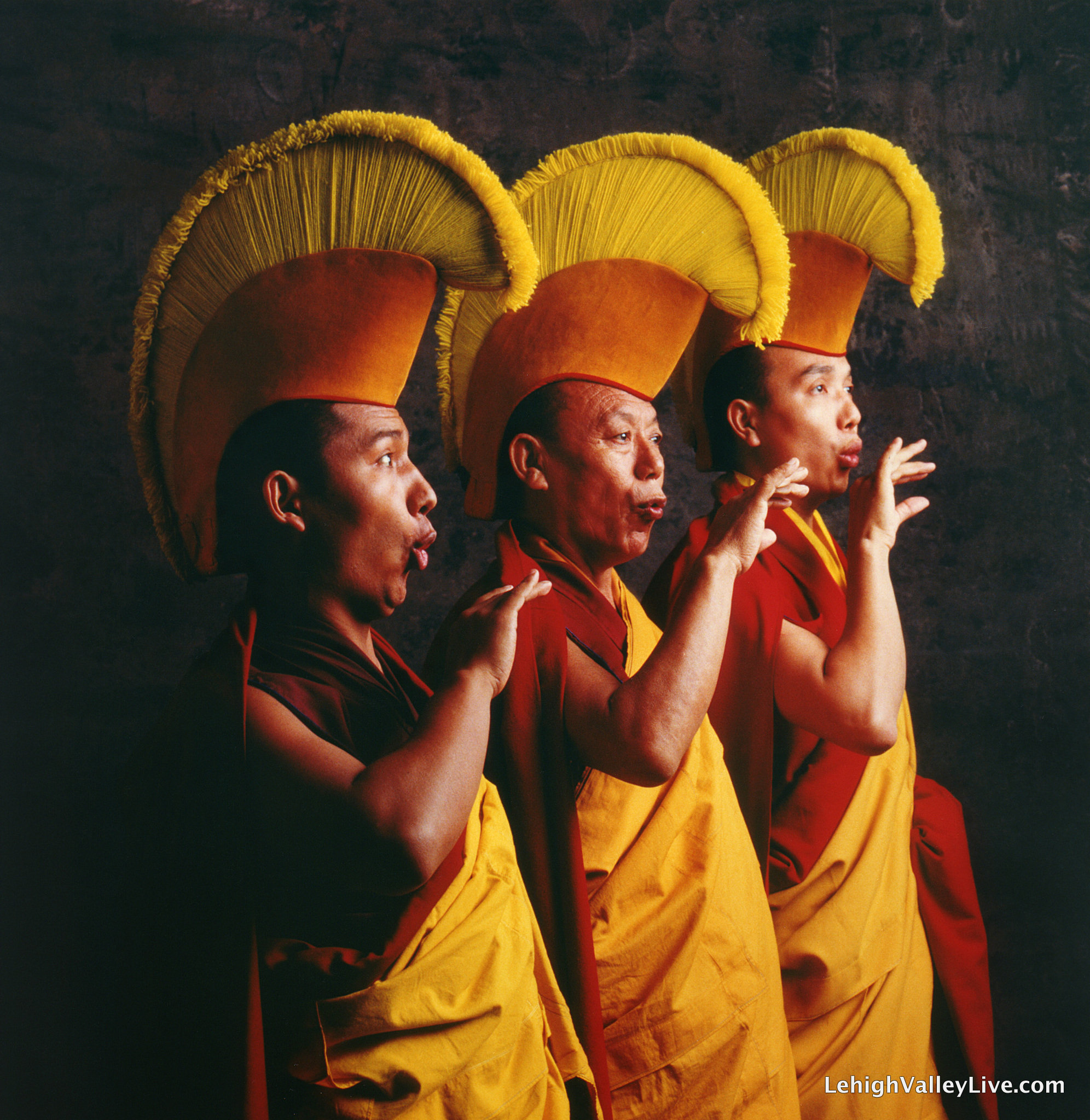 monks-3jpg-7b9098a4eb886b94